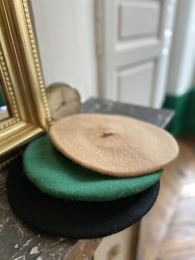 Béréts Camel-Noir-Vert